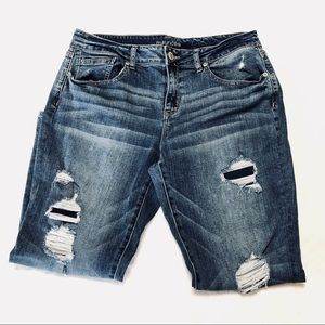 Maurice's Distressed Cropped Jeans